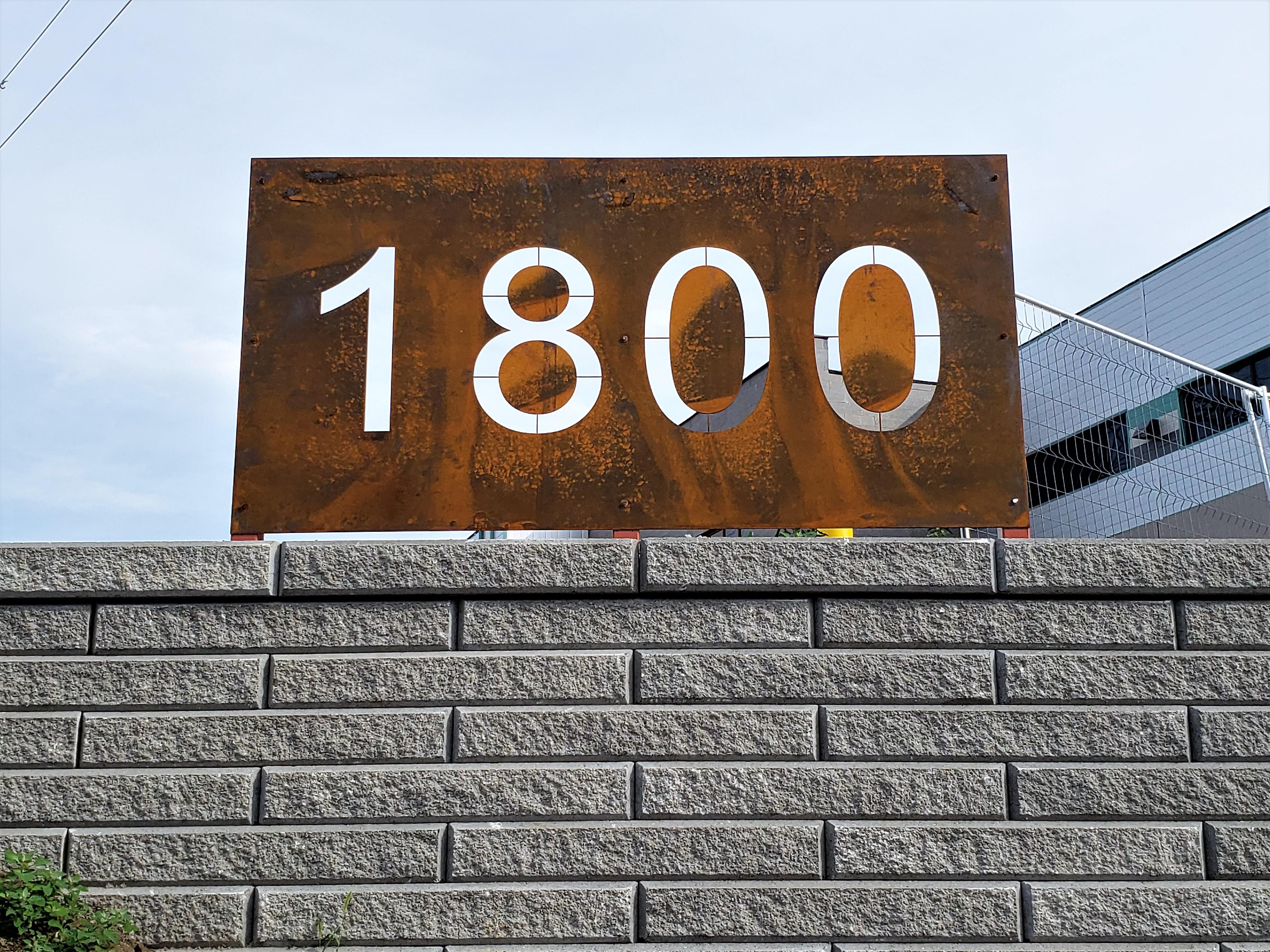 aluminum, sign, signage, pylon sign, ground sign, monument sign, led, illumination, paint finished
