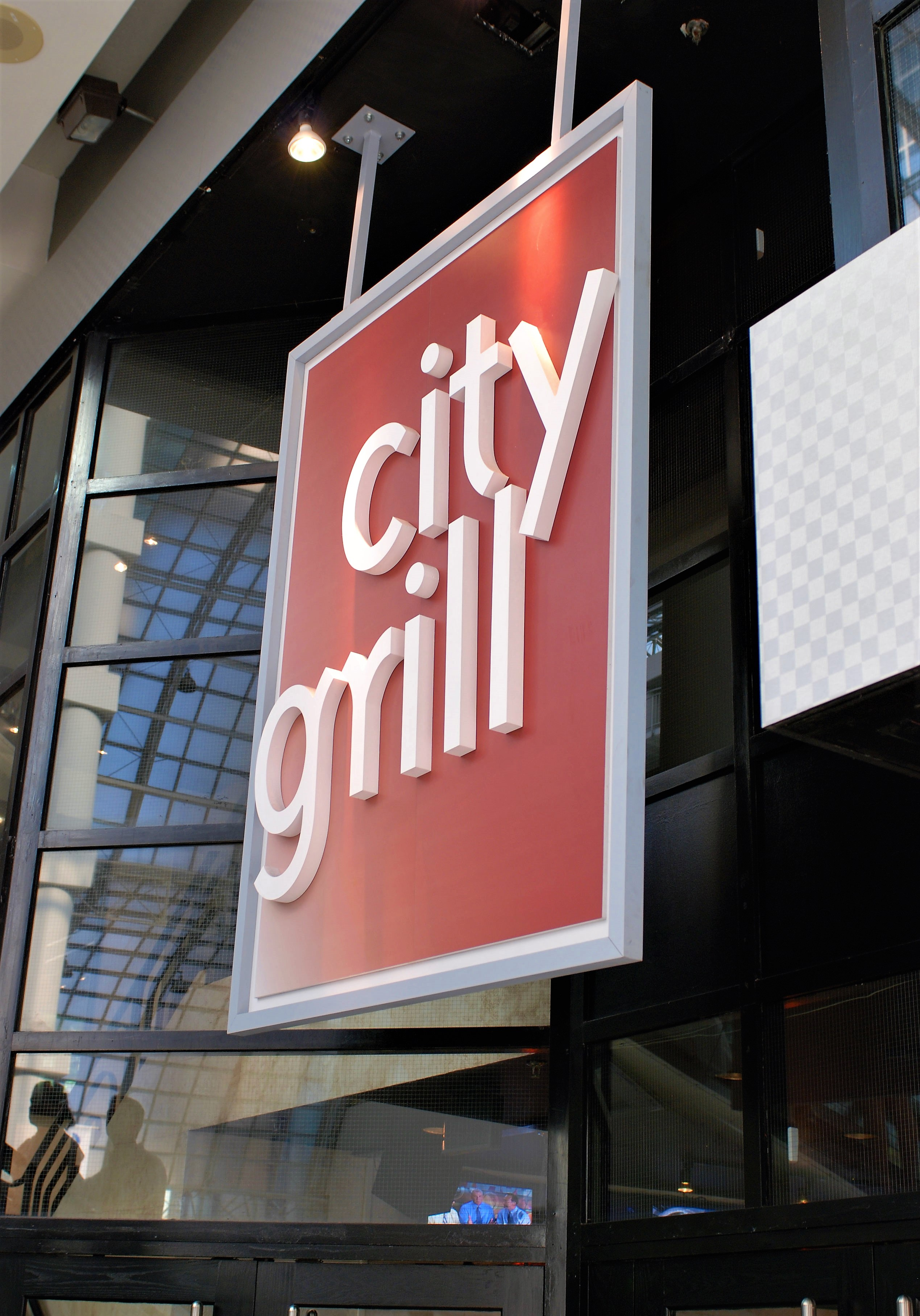 aluminum, sign, signage, led, illumination, paint finished, led bulb, city grill
