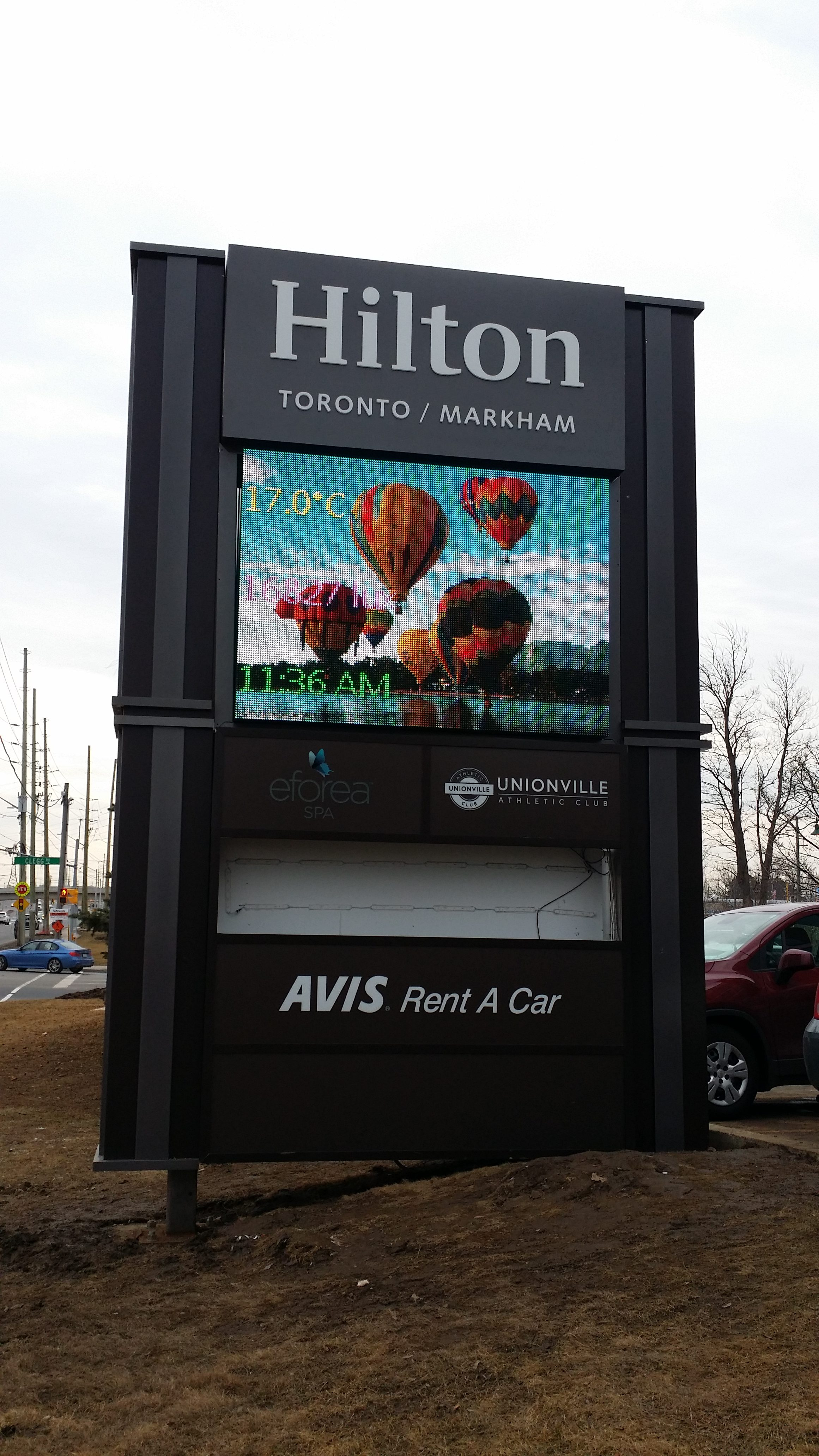aluminum, sign, signage, pylon sign, ground sign, monument sign, led, illumination, paint finished, hilton hotel