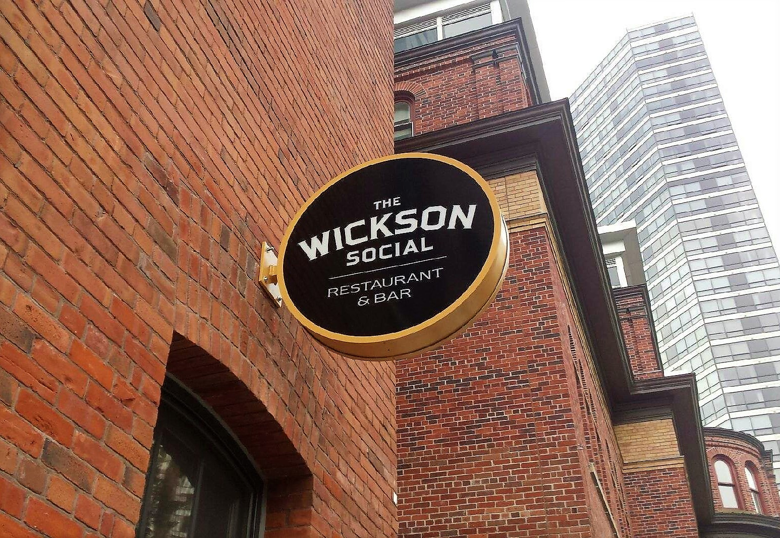 aluminum, sign, signage, led, illumination, paint finished, led bulb, wickson social